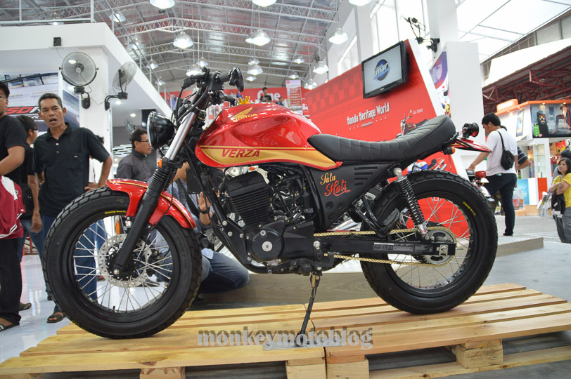 honda cb750 wiring schematic with Wiring Diagram Also Honda Cb 750 On on 37 besides Harley Chopper Wiring Diagram together with 1974 Honda Cb 550 Wiring Diagram additionally Flushmount Wiring 9606 in addition How To Install A Voltage Regulator On A Motorcycle Wiring Diagrams.